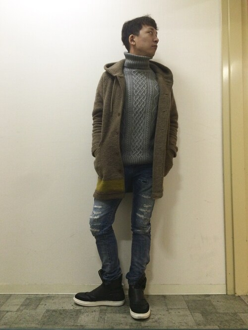 茶夢さんの「WOOL MOSSER LINED KNIT / HOODED OVER LONG COAT(MR.OLIVE)」を使ったコーディネート