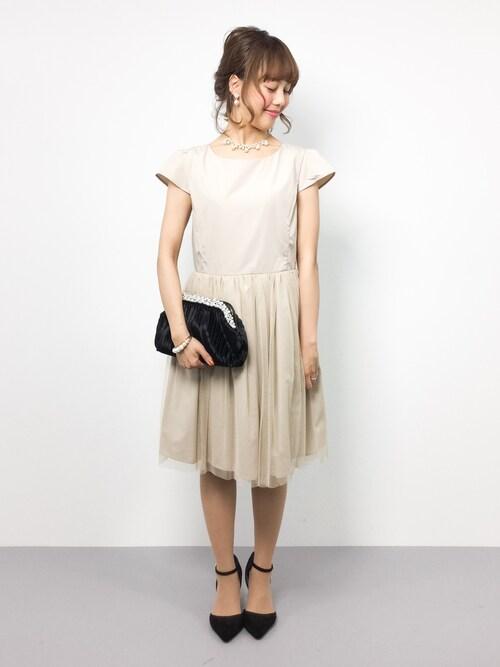 結婚式 服装 20代