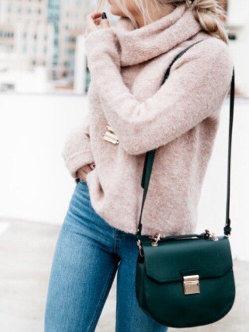 Styleinfurno is wearing madewell