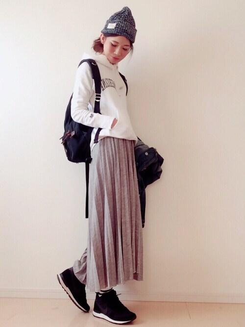 スカートの応援ファッション 冬 キレイめ