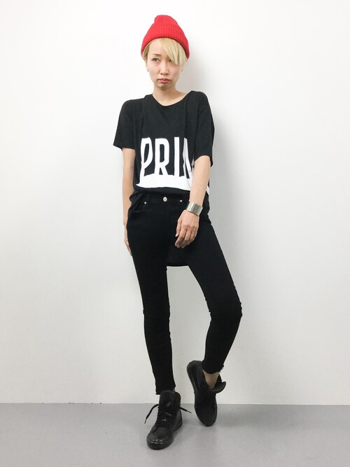 ZOZOTOWNyucoさんのTシャツ/カットソー「30/-TR天竺ロゴラウンドヘムスリットT(AZUL BY MOUSSY|アズールバイマウジー)」を使ったコーディネート