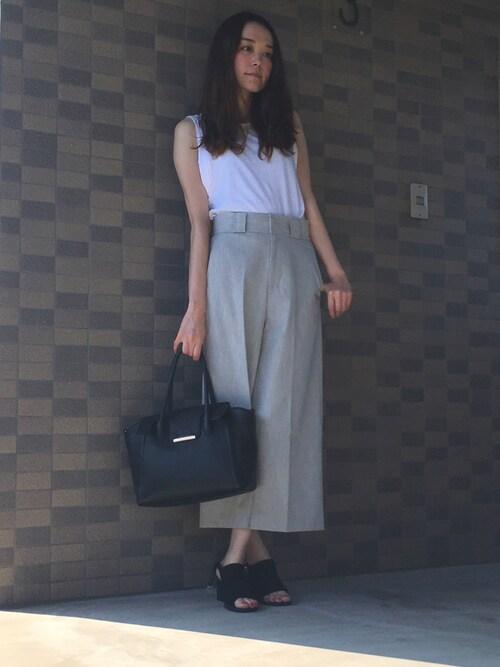 白×グレー 夏コーデ