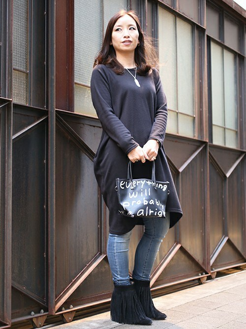 JAM HOME MADE 東京店Miyuki Ishiiさんのトートバッグ「MADSAKI ブラックライド トートバッグ XS/人気/おしゃれ/おすすめ/小さめ/カジュアル/プレゼント/大学生(JAM HOME MADE|ジャムホームメイド)」を使ったコーディネート