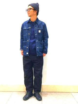 ace875a74a66 A スタッフ employee EP is wearing CAMPER