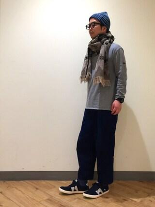 53321c9e931f A スタッフ employee EP is wearing CAMPER