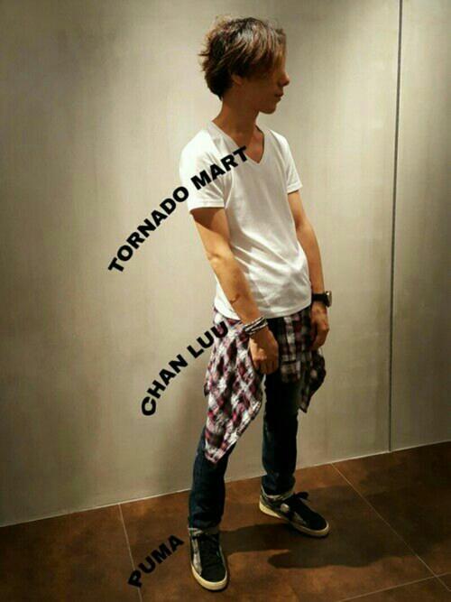 TORNADO MART WORLD なんばパークス店zakiさんのデニムパンツ「TORNADO MART∴ハイブリッドサムライデニム(TORNADO MART トルネードマート)」を使ったコーディネート