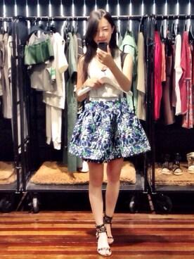 1c5fd44b4a Erin Wang is wearing Isabel Marant