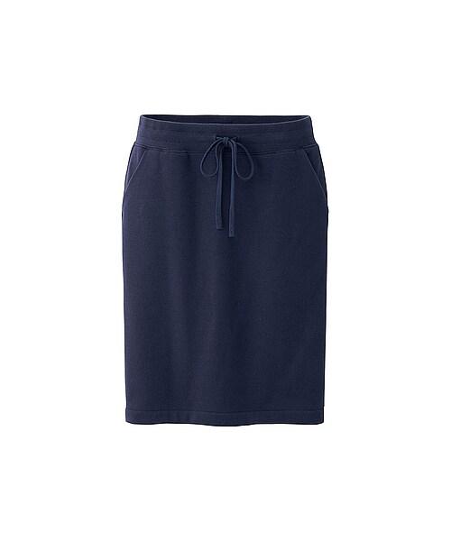 女性らしくいたい日もボアスウェットスカートで解決!